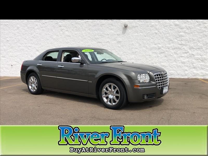 Pre-Owned 2010 Chrysler 300 4dr Sdn 300 Signature RWD
