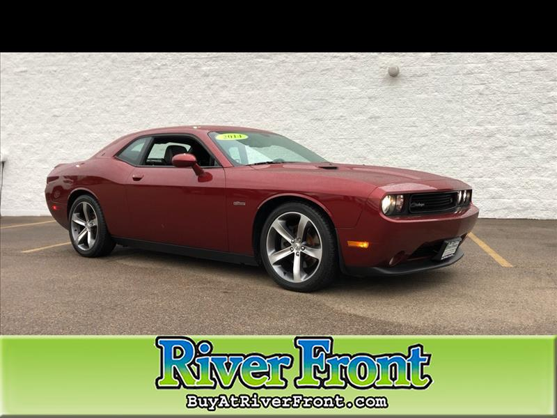 Pre-Owned 2014 Dodge Challenger 2dr Cpe R/T 100th Anniversary Appearance Group