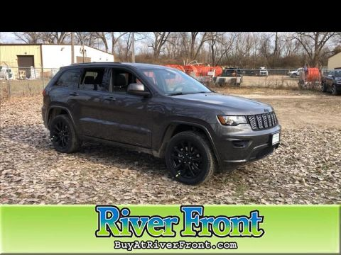 New 2020 JEEP Grand Cherokee Laredo 4WD With Navigation