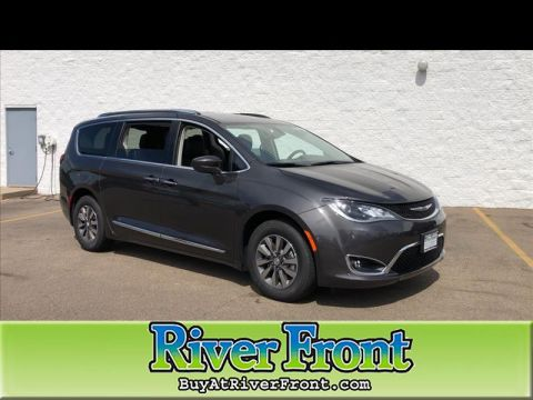 New 2020 CHRYSLER Pacifica Touring-L Plus